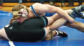 Wrestling competes at Pete Wilson-Wheaton Invitational